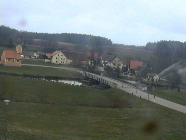 Bechhofen rechts am Glockenhäuschen
