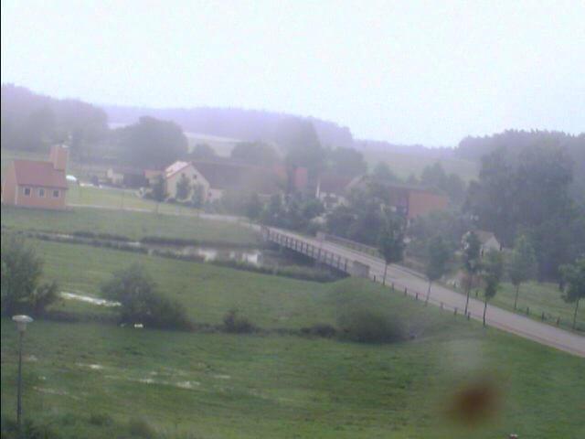 Bechhofen bei Neuendettelsau 11.6.2013 um 7:37 Uhr